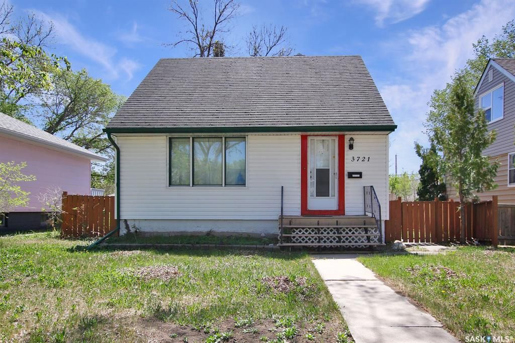 Main Photo: 3721 Caen Avenue in Regina: River Heights RG Residential for sale : MLS®# SK855375