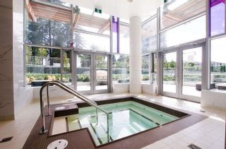 """Photo 13: 1007 6538 NELSON Avenue in Burnaby: Metrotown Condo for sale in """"MET2"""" (Burnaby South)  : MLS®# R2201632"""