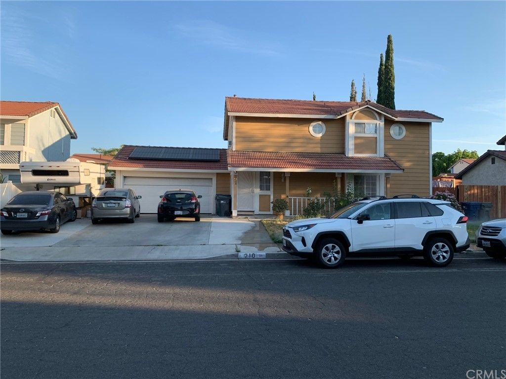 Main Photo: 210 E Avenue R2 in Palmdale: Residential for sale (PLM - Palmdale)  : MLS®# DW21157586