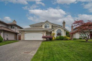 """Photo 1: 8452 214A Street in Langley: Walnut Grove House for sale in """"Forest Hills"""" : MLS®# R2584256"""
