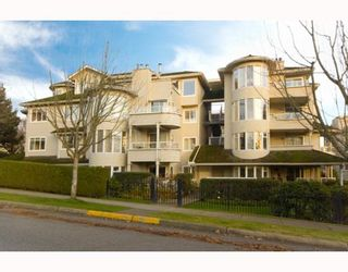 """Photo 1: 305 7520 COLUMBIA Street in Vancouver: Marpole Condo for sale in """"SPRINGS AT LANGARA"""" (Vancouver West)  : MLS®# V774014"""