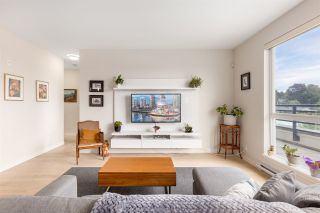 """Photo 2: PH3 5555 DUNBAR Street in Vancouver: Dunbar Condo for sale in """"Fifty-Five 55 Dunbar"""" (Vancouver West)  : MLS®# R2516441"""