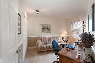 """Photo 11: 13 222 E 5TH Street in North Vancouver: Lower Lonsdale Townhouse for sale in """"BURHAM COURT"""" : MLS®# R2041998"""