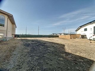 Photo 4: 331 Cutts Crest in Edmonton: Zone 27 Vacant Lot for sale : MLS®# E4236662