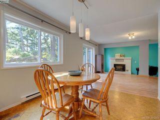 Photo 7: 1000 HIGHROCK Ave in VICTORIA: Es Rockheights House for sale (Esquimalt)  : MLS®# 793140