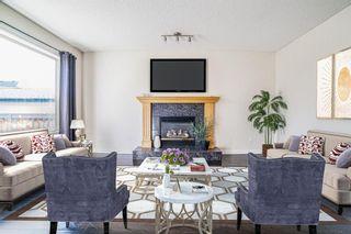 Photo 5: 33 San Fernando Crescent NE in Calgary: Monterey Park Detached for sale : MLS®# A1095640