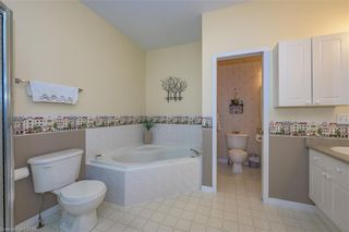 Photo 15: 34 1555 HIGHBURY Avenue in London: East A Residential for sale (East)  : MLS®# 40138511