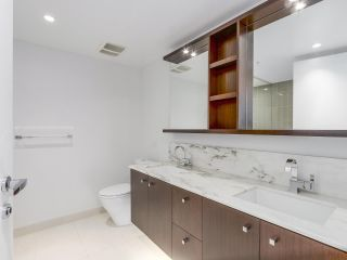 """Photo 12: 4005 1028 BARCLAY Street in Vancouver: West End VW Condo for sale in """"PATINA"""" (Vancouver West)  : MLS®# R2147918"""