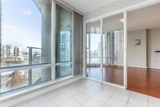 Photo 3: 1107 455 BEACH Crescent in Vancouver: Yaletown Condo for sale (Vancouver West)  : MLS®# R2575007