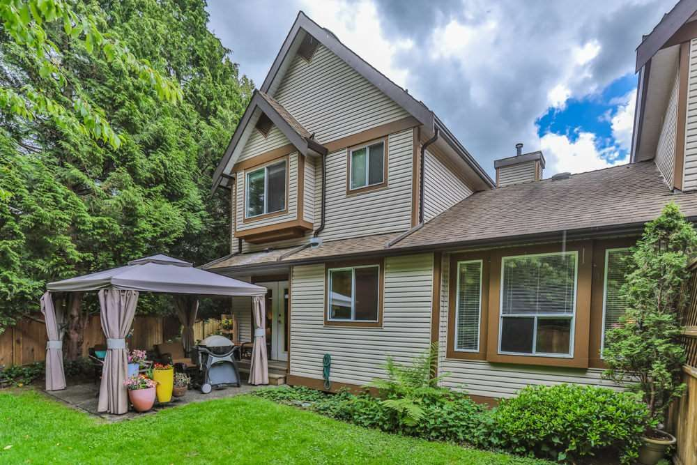 """Photo 19: Photos: 1 23151 HANEY Bypass in Maple Ridge: East Central Townhouse for sale in """"STONEHOUSE ESTATES"""" : MLS®# R2283761"""
