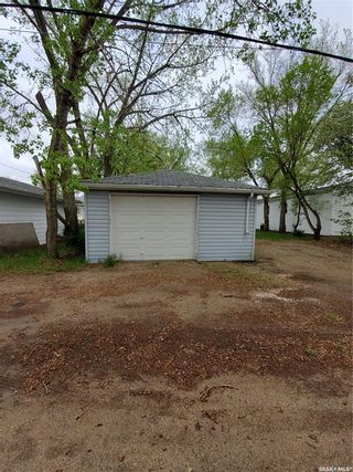 Photo 25: 210 2nd Avenue East in Lampman: Residential for sale : MLS®# SK849318