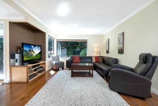 """Photo 6: 4794 WILLOWDALE Place in Burnaby: Greentree Village Townhouse for sale in """"Greentree Village"""" (Burnaby South)  : MLS®# R2590442"""