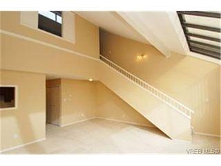 Photo 2:  in VICTORIA: SW Royal Oak Condo for sale (Saanich West)  : MLS®# 459330