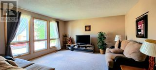 Photo 2: 27 Parkland Place in Brooks: House for sale : MLS®# A1143609