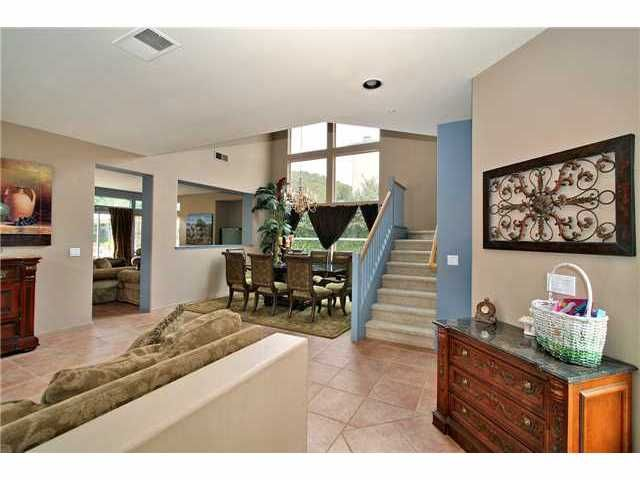Photo 2: Photos: EAST ESCONDIDO House for sale : 5 bedrooms : 2329 FALLBROOK PLACE in ESCONDIDO