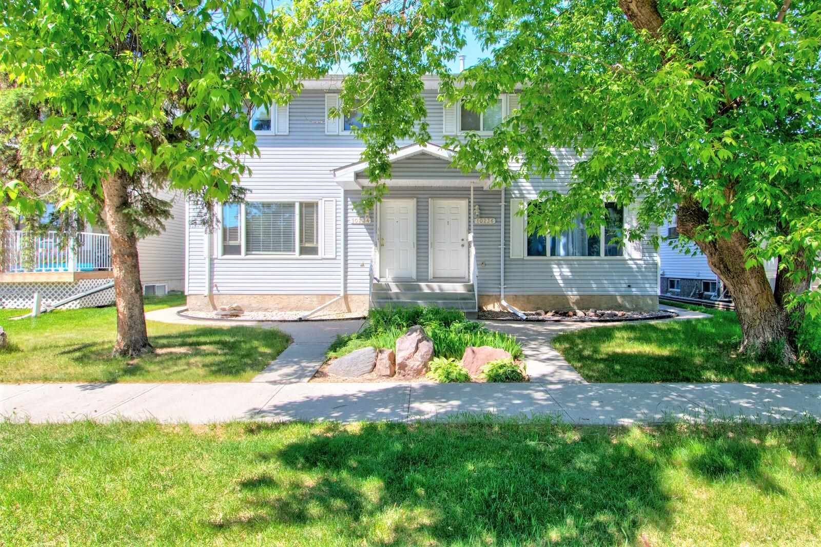 Main Photo: 10234 152 Street in Edmonton: Zone 21 House Half Duplex for sale : MLS®# E4249601