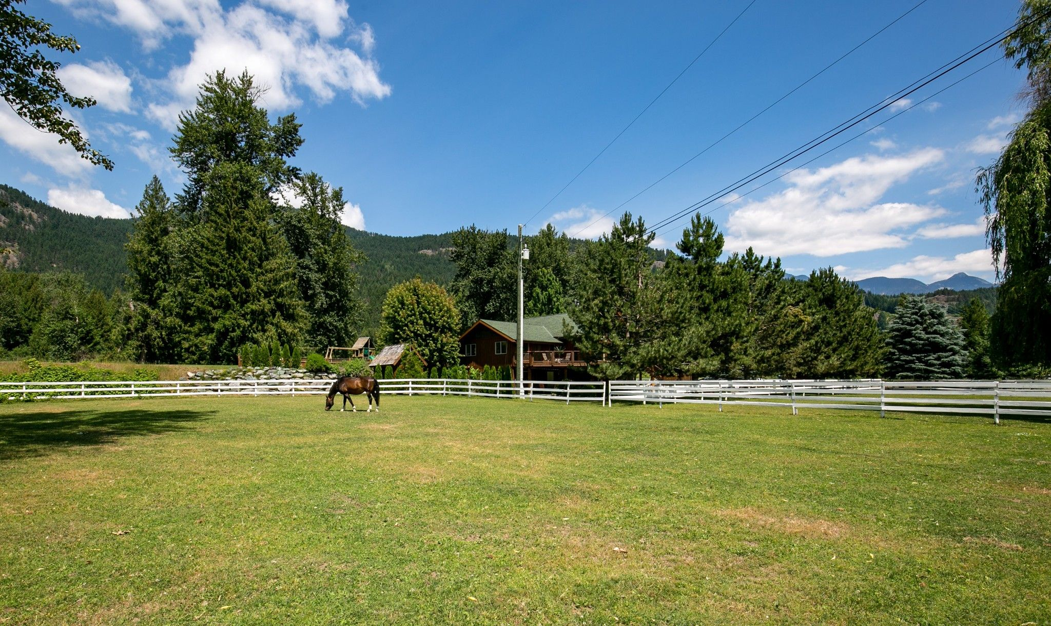 Photo 33: Photos: 1527 Fraser Road in Pembertin: House for sale