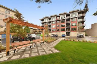 Photo 2: 206 7162 West Saanich Rd in Central Saanich: CS Brentwood Bay Condo for sale : MLS®# 840972