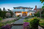 """Main Photo: 1497 PALMERSTON Avenue in West Vancouver: Ambleside House for sale in """"AMBLESIDE"""" : MLS®# R2557033"""