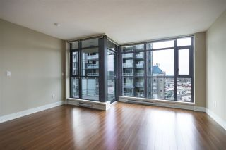 "Photo 3: 1607 3008 GLEN Drive in Coquitlam: North Coquitlam Condo for sale in ""M2 BY CRESSEY"" : MLS®# R2156508"
