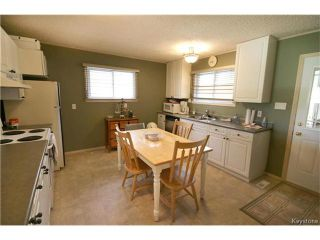 Photo 9: 393 Railway Street in Ponemah: Dunnottar Residential for sale (R26)  : MLS®# 1708569