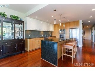 Photo 7: 108 3223 Selleck Way in VICTORIA: Co Lagoon Condo for sale (Colwood)  : MLS®# 760118