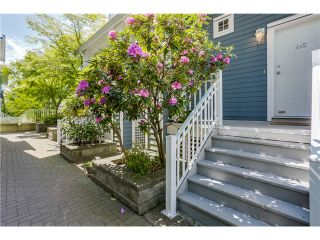 Photo 1: 45 123 Seventh Street in New Westminster: Uptown NW Townhouse for sale : MLS®# V1124444