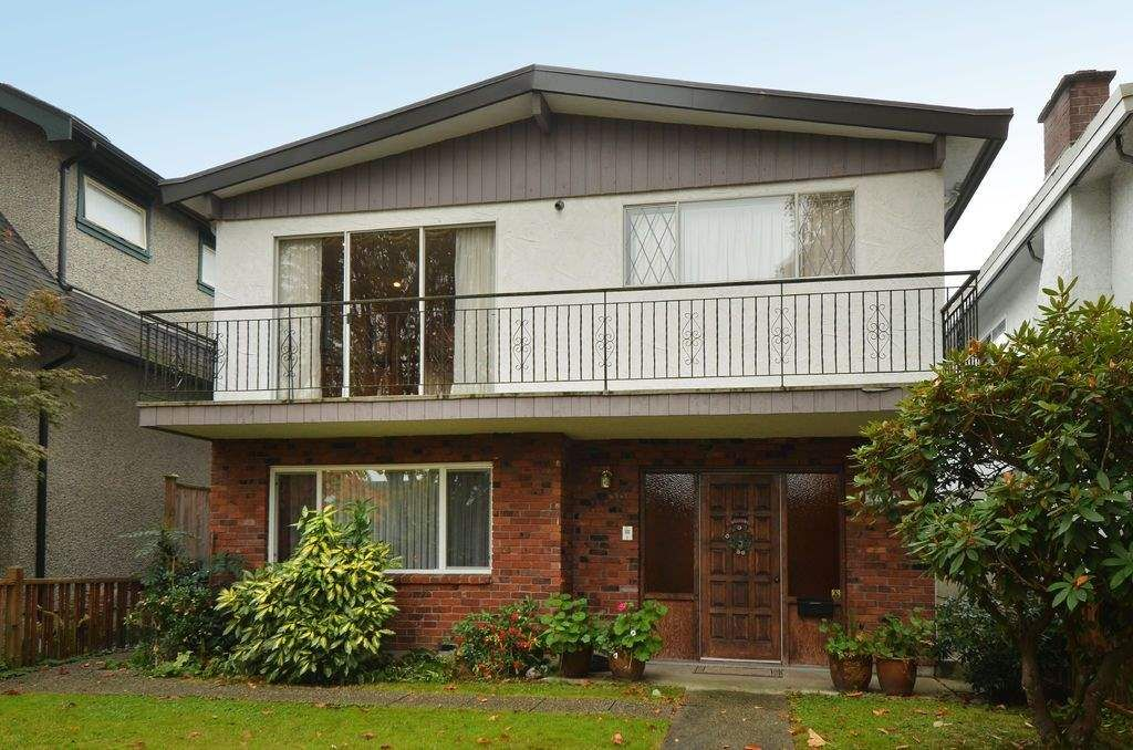 "Main Photo: 3436 W 19TH Avenue in Vancouver: Dunbar House for sale in ""Dunbar"" (Vancouver West)  : MLS®# R2009521"