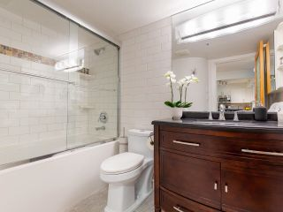 """Photo 13: 302 1438 W 7TH Avenue in Vancouver: Fairview VW Condo for sale in """"DIAMOND ROBINSON"""" (Vancouver West)  : MLS®# R2602805"""