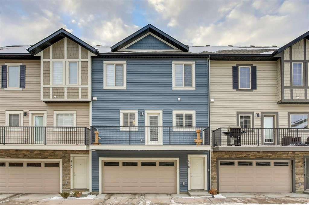 Main Photo: 416 LEGACY Point SE in Calgary: Legacy Row/Townhouse for sale : MLS®# A1062211
