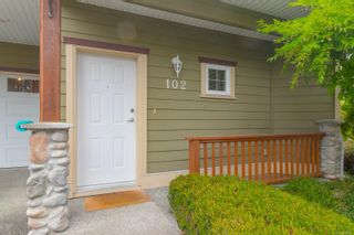 Photo 4: 102 951 Goldstream Ave in : La Langford Proper Row/Townhouse for sale (Langford)  : MLS®# 886212
