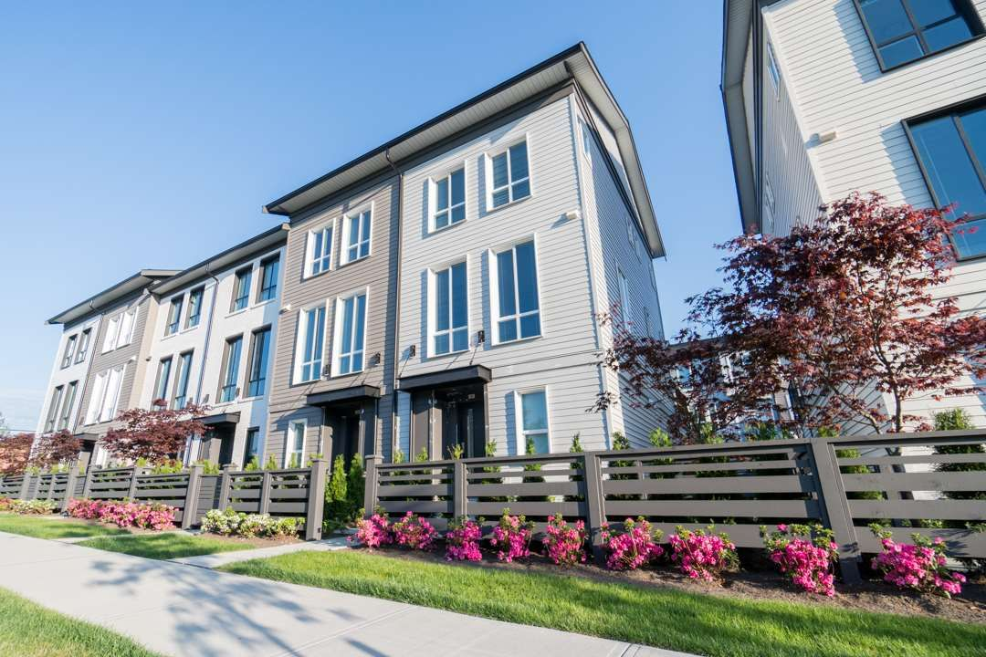 """Main Photo: 12 15938 27 Avenue in Surrey: Grandview Surrey Townhouse for sale in """"KITCHER"""" (South Surrey White Rock)  : MLS®# R2270610"""
