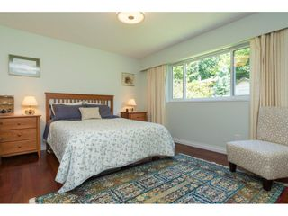 """Photo 13: 2422 123A Street in Surrey: Crescent Bch Ocean Pk. House for sale in """"Crescent Heights"""" (South Surrey White Rock)  : MLS®# R2186856"""