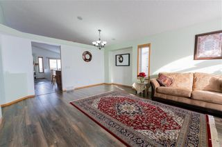 Photo 4: 75 Wayfield Drive in Winnipeg: Richmond West Residential for sale (1S)  : MLS®# 202100155