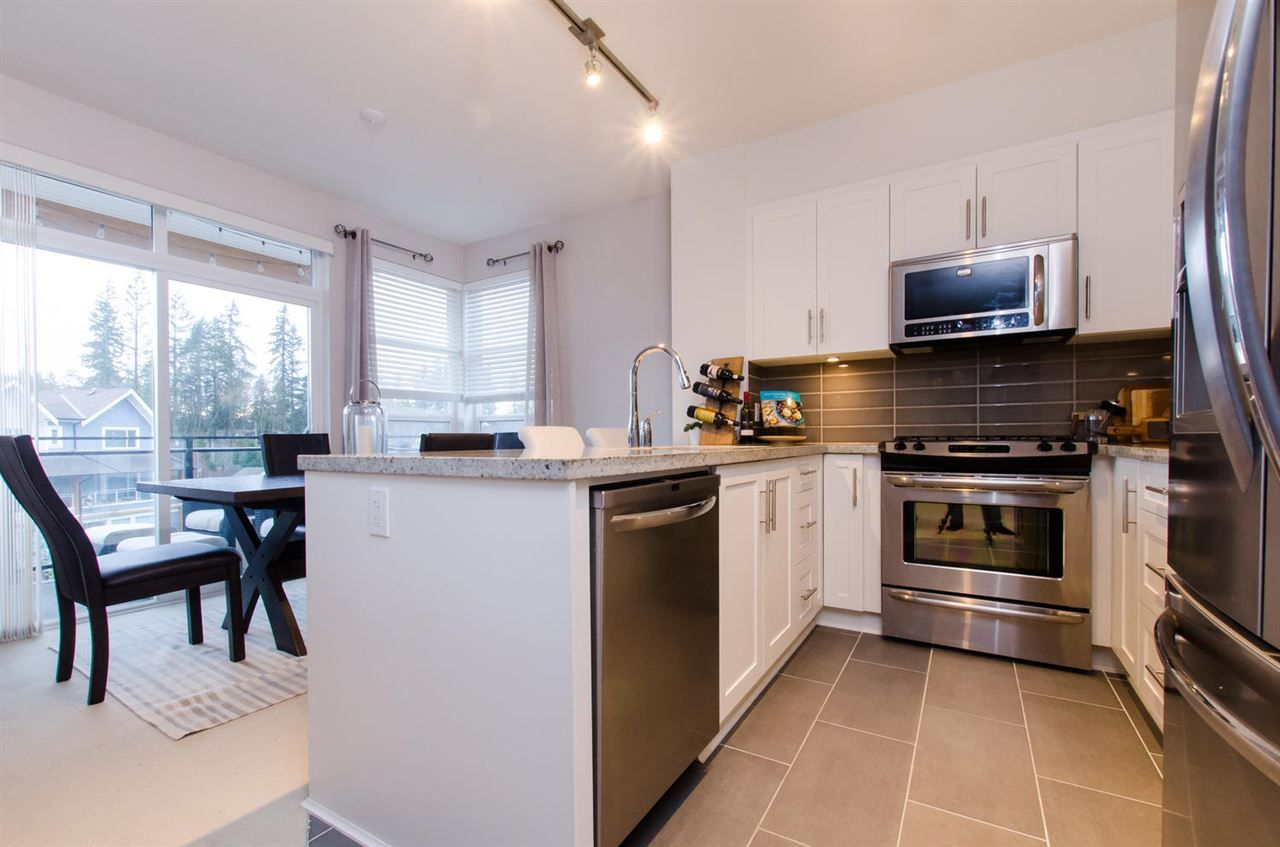 """Photo 8: Photos: 311 23255 BILLY BROWN Road in Langley: Fort Langley Condo for sale in """"THE VILLAGE AT BEDFORD LANDING"""" : MLS®# R2024822"""
