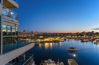 "Photo 3: 805 1600 HORNBY Street in Vancouver: Yaletown Condo for sale in ""Yacht Harbour Pointe"" (Vancouver West)  : MLS®# R2526212"