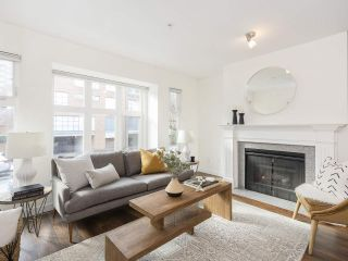 """Photo 5: 735 W 7TH Avenue in Vancouver: Fairview VW Townhouse for sale in """"The Fountains"""" (Vancouver West)  : MLS®# R2544086"""