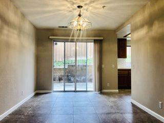 Photo 5: VISTA Townhouse for sale : 3 bedrooms : 1424 Janis Lynn Ln