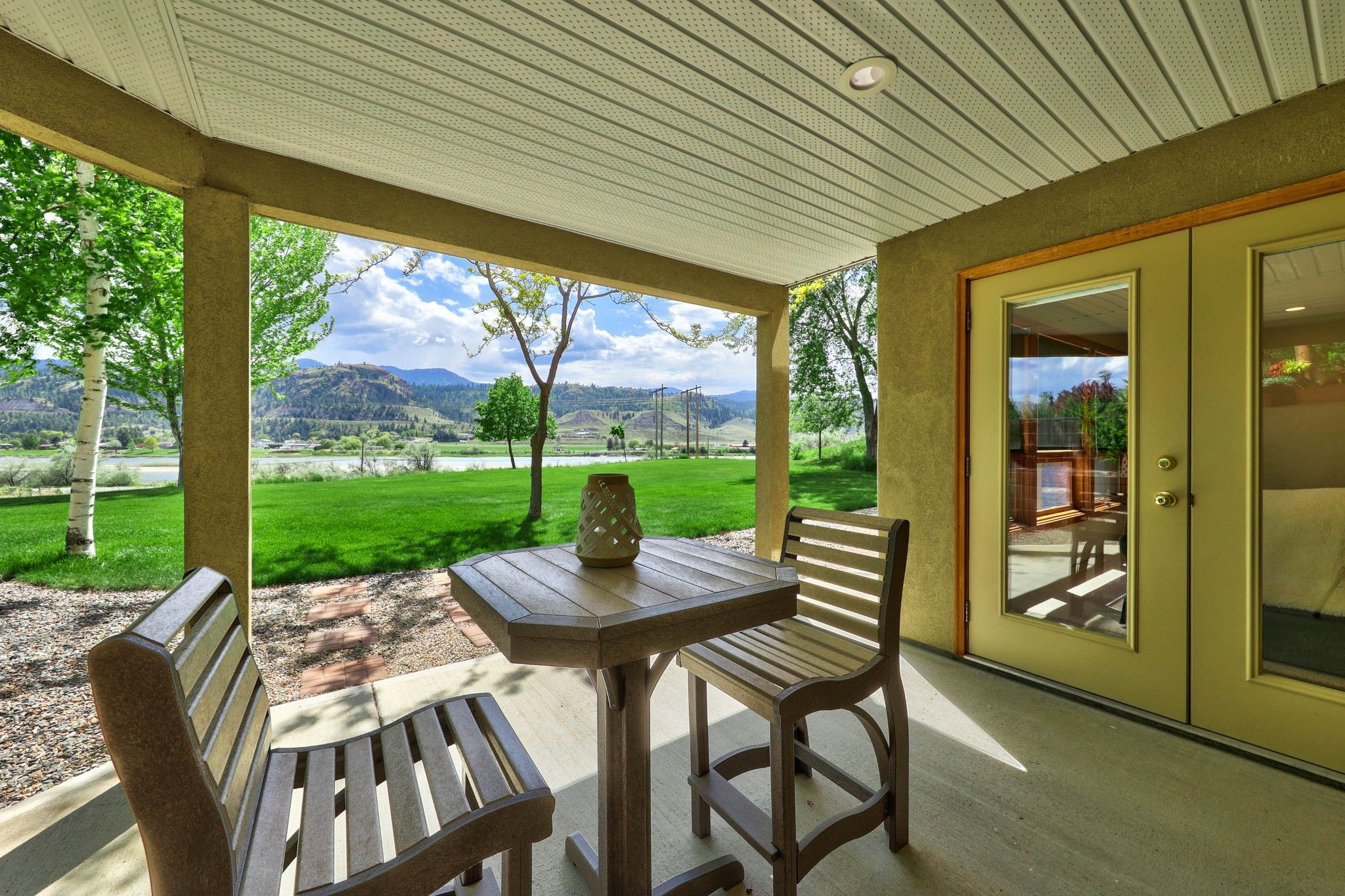 Photo 17: Photos: 3299 E Shuswap Road in Kamloops: South Thompson Valley House for sale : MLS®# 162162