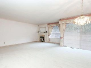 """Photo 4: 116 9781 148A Street in Surrey: Guildford Townhouse for sale in """"CHELSEA GATE"""" (North Surrey)  : MLS®# F1406838"""