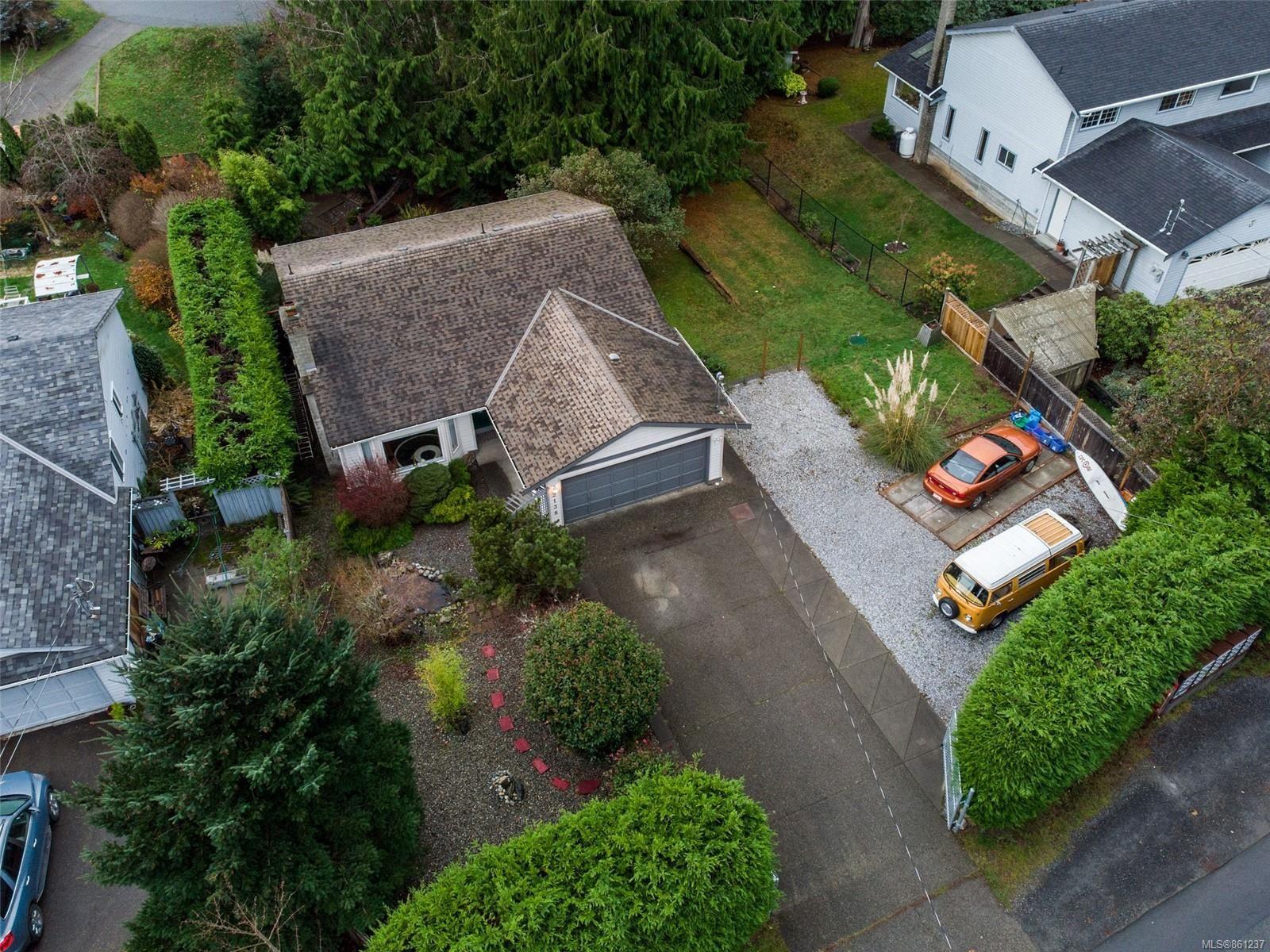 Main Photo: 2138 Henlyn Dr in : Sk John Muir House for sale (Sooke)  : MLS®# 861237