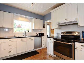 "Photo 8: 12355 NEW MCLELLAN Road in Surrey: Panorama Ridge House for sale in ""Panorama Ridge"" : MLS®# F1437155"