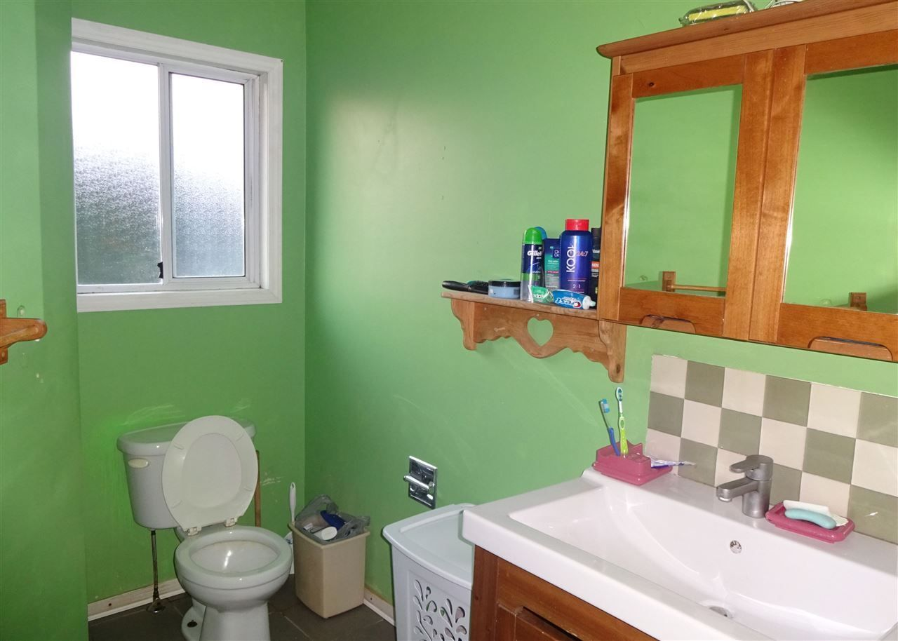 Photo 12: Photos: 6245 DUNDEE Place in Sardis: Sardis West Vedder Rd House for sale : MLS®# R2224915