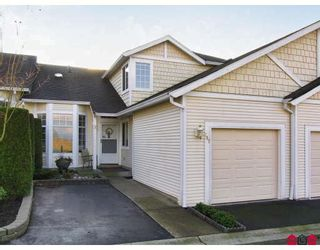 """Photo 1: 107 9012 WALNUT GROVE Drive in Langley: Walnut Grove Townhouse for sale in """"QUEEN ANNE GREEN"""" : MLS®# F2729311"""