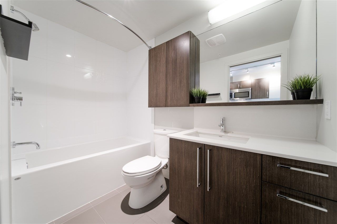 """Photo 14: Photos: 203 215 E 33RD Avenue in Vancouver: Main Condo for sale in """"33 & Main"""" (Vancouver East)  : MLS®# R2506740"""