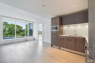 Photo 1: 621 2220 KINGSWAY in Vancouver: Victoria VE Condo for sale (Vancouver East)  : MLS®# R2601867