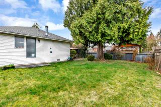 """Photo 19: 15531 91A Avenue in Surrey: Fleetwood Tynehead House for sale in """"BERKSHIRE PARK"""" : MLS®# R2552903"""