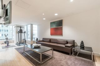 """Photo 18: 2706 1077 W CORDOVA Street in Vancouver: Coal Harbour Condo for sale in """"SHAW TOWER"""" (Vancouver West)  : MLS®# R2173545"""