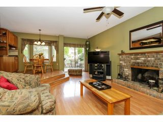 Photo 9: 16463 78TH Avenue in Surrey: Fleetwood Tynehead House for sale : MLS®# F1424065