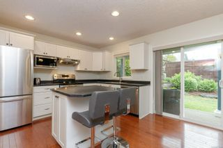 Photo 15: 14 Cahilty Lane in : VR Six Mile House for sale (View Royal)  : MLS®# 876845